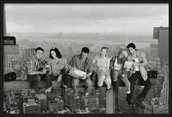 Friends - Lunch On A Skyscraper Poster înrămat